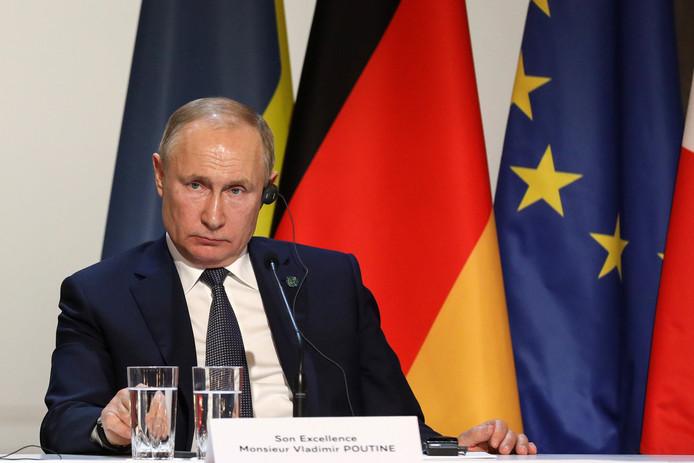 Vladimir Poutine, Président de la Fédération de Russie, lors d'une conférence de presse au palais de l'Elysée à Paris, le 9 décembre 2019.