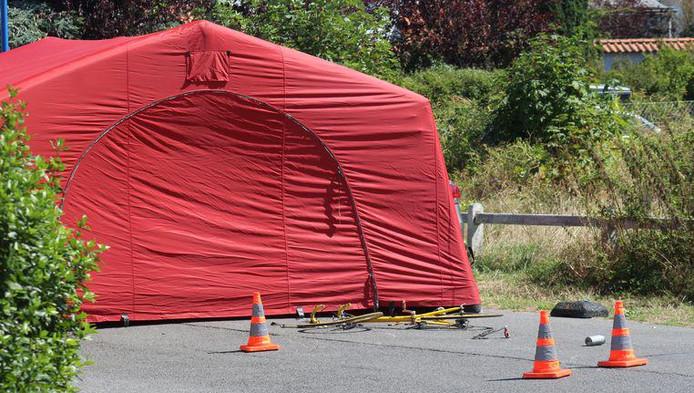 La victime, originaire de Dour, a été heurtée par une camionnette de livraison vers 11h30 sur la Maurice Renardlaan.