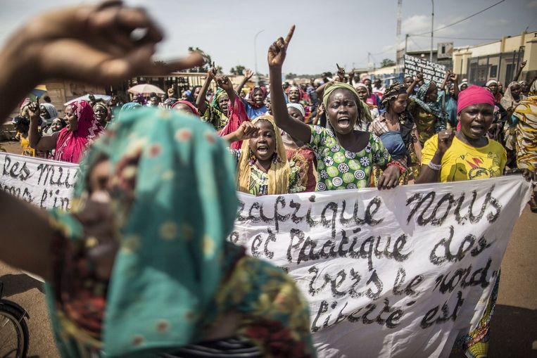 Opposanten van de regering riepen op tot manifestaties en een algemene staking.