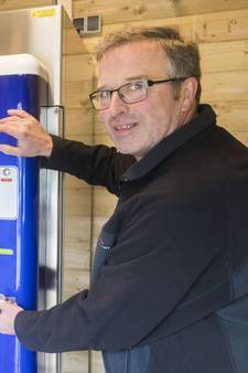 Melkveehouder in Hertme boort nieuwe inkomstenbron aan: de melktap