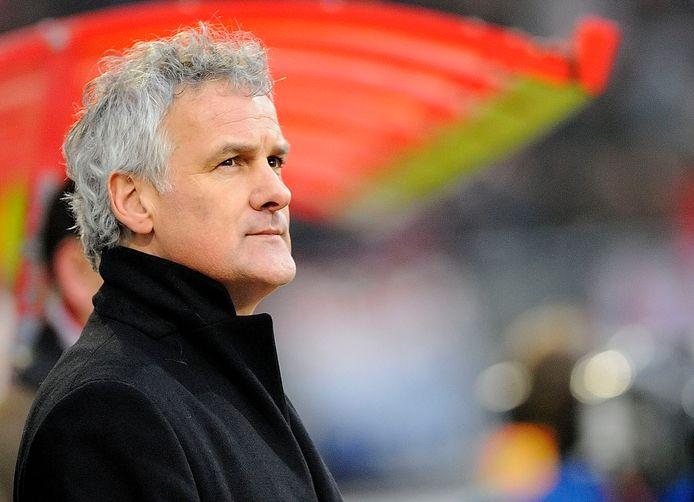 Fred Rutten wil als trainer nog één keer naar buitenland.