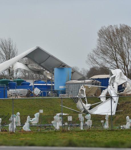 Tent bij Olasfa in Olst verder afgebroken