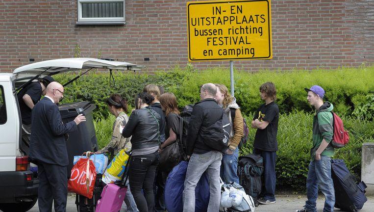 De eerste Pinkpopgangers arriveren donderdag bij de poorten van het festival in Landgraaf. Foto ANP Beeld