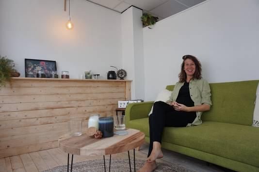 Tess Olijerhoek in City Massage.