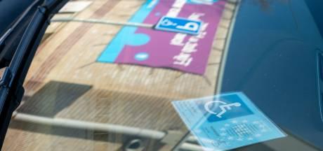 'Mag je als gehandicapte parkeren bij een laadpaal?'
