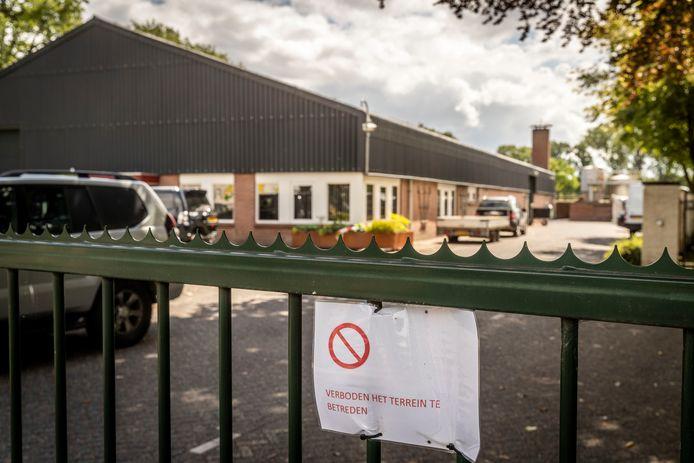 Een nertsenbedrijf aan de Scheiweg in Gemert werd begin deze week nog geruimd.