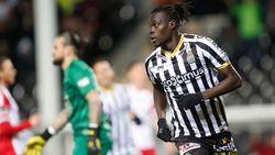VIDEO: Charleroi houdt drie punten thuis in Waalse derby tegen Moeskroen