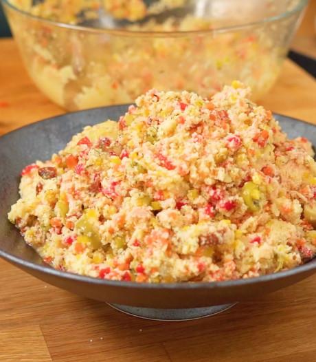Koken met Blik: deze couscoussalade met zalm maak je met ingrediënten uit je voorraadkast