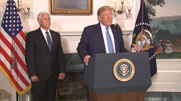 Donald Trump tijdens de persconferentie.