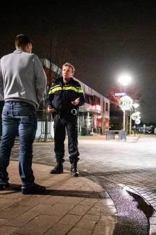 Politie Twente zet extra agenten in voor handhaving avondklok
