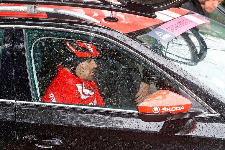 Tom Dumoulin woensdag kort nadat hij was afgestapt in de Giro. Beeld AFP