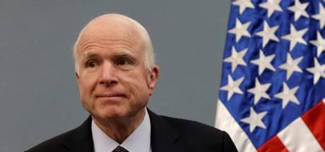 Ziekte John McCain verbroedert de VS