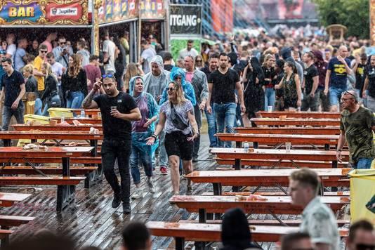 De regen van zaterdag was volgens organisator David Brons amper een domper op de feestvreugde.