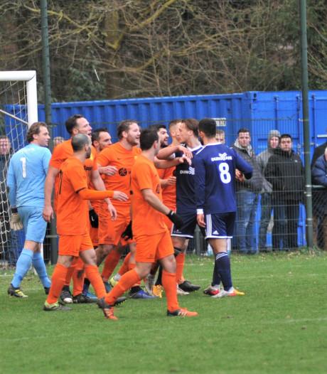 Hartstochtelijke sponsorclash tussen DUNO Air en FC (Wesley) Sneijder