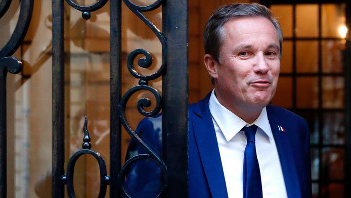 Nicolas Dupont-Aignan verlaat het FN-hoofdkwartier na een ontmoeting met de extreemrechtse Marine Le Pen.