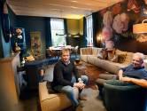 De woonkamer van Mark en Thijs is dankzij VT Wonen compleet vernieuwd
