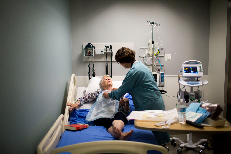 Wereldwijd overlijden jaarlijks naar schatting honderden patiënten door de chemokuur. Beeld Getty Images