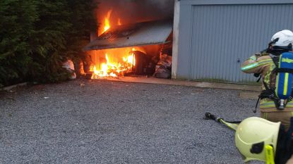 Uitslaande brand in garage Mandeweegsken