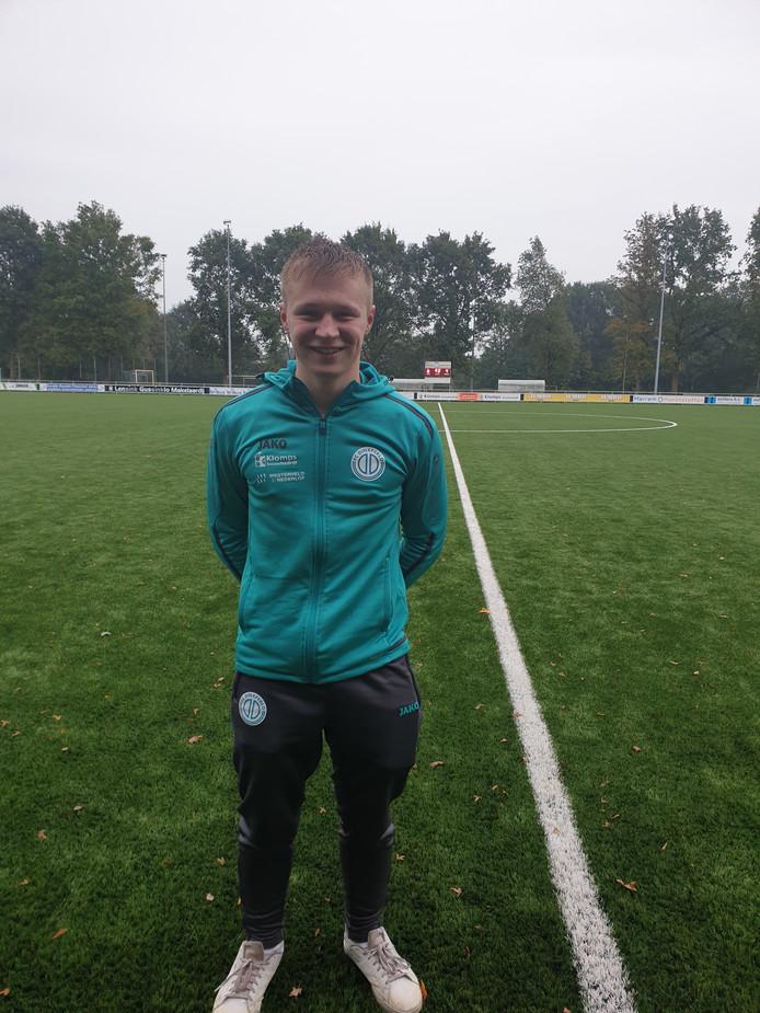 Sander Lensing van FC Dinxperlo scoorde een hattrick.