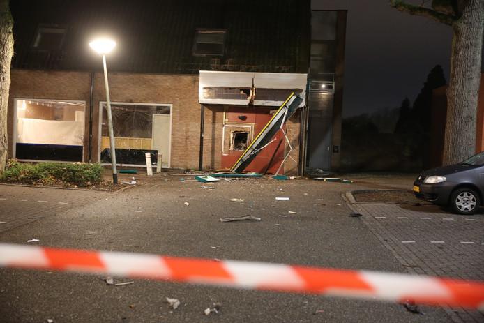 Veel schade bij plofkraak in Bergen op Zoom.