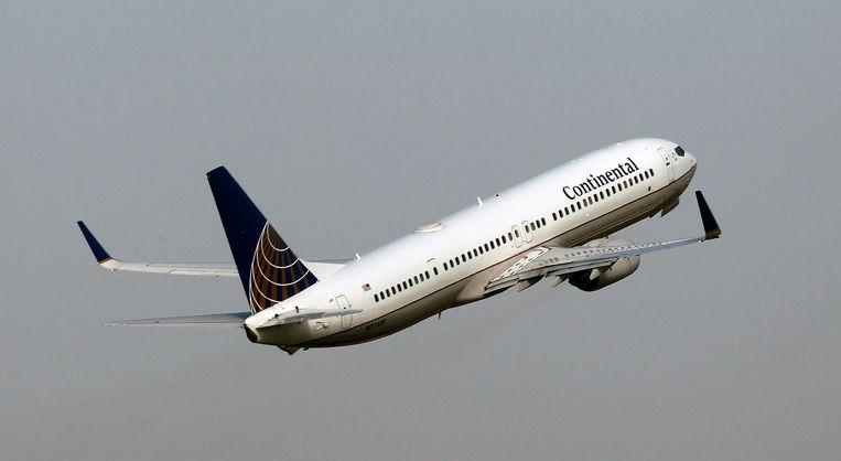 De scheurtjes in de Boeing 737 NG bezorgen de vliegtuigfabrikant opnieuw problemen, nadat ook de 737 MAX al wereldwijd aan de grond staat. Beeld AP