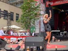 Tweede dag Festival van het Levenslied van start met Tilburgs Uurtje