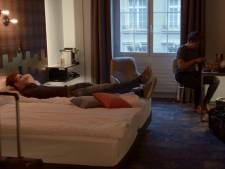 Steffi en BZV-vlam Roel nippen aan champagne in romantisch Bern