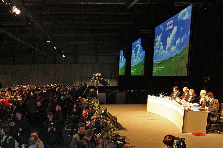 Het bestuur van Fortis bij de aandeelhoudersvergadering in Gent. (Reuters) Beeld