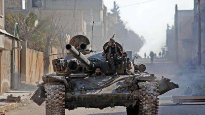 Turkije voert bombardementen uit in Syrië na luchtaanval waarbij meer dan 30 soldaten omkwamen