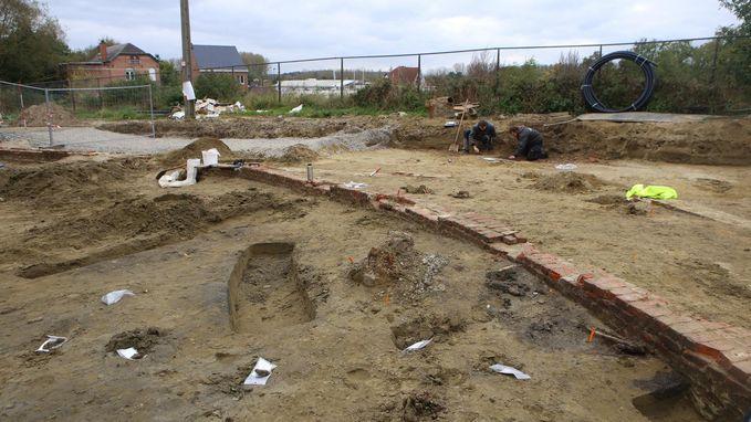 Al 60 skeletten gevonden onder toekomstige parking