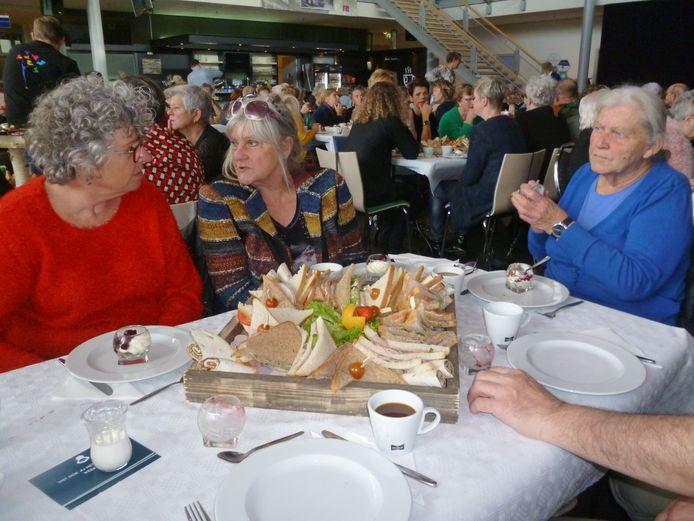 Een verwenmiddag voor mantelzorgers, aangeboden door de gemeente Meierijstad.