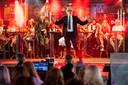 Beckums Glorie in grote feesttent Pinksterfeesten Beckum. Negen winnende acts van playbackshows uit voorgaande jaren staan in het kader van de 100ste editie van het feest nog één keer op het podium.
