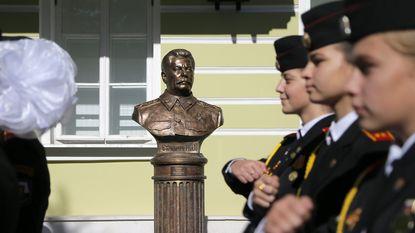 Stalin-buste officieel ingehuldigd in Moskou