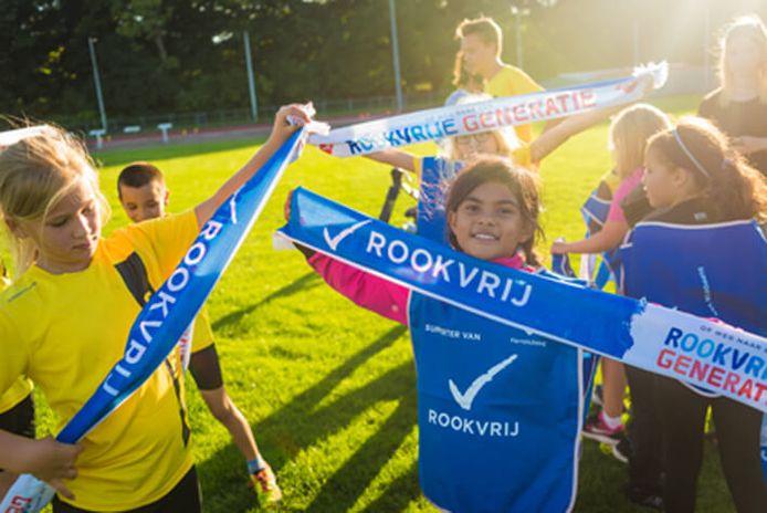 Sportbonden als de KNVB en KNHB hebben zich aangesloten bij het initiatief voor een rookvrije generatie.