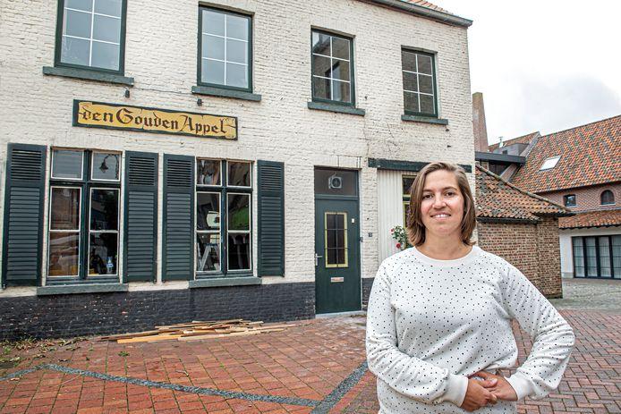 Madelon Vanzieleghem blaast het legendarische café Den Gouden Appel in Lichtervelde nieuw leven in.