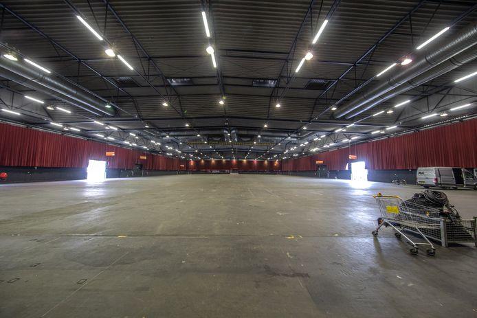 Lege IJsselhallen in Zwolle.