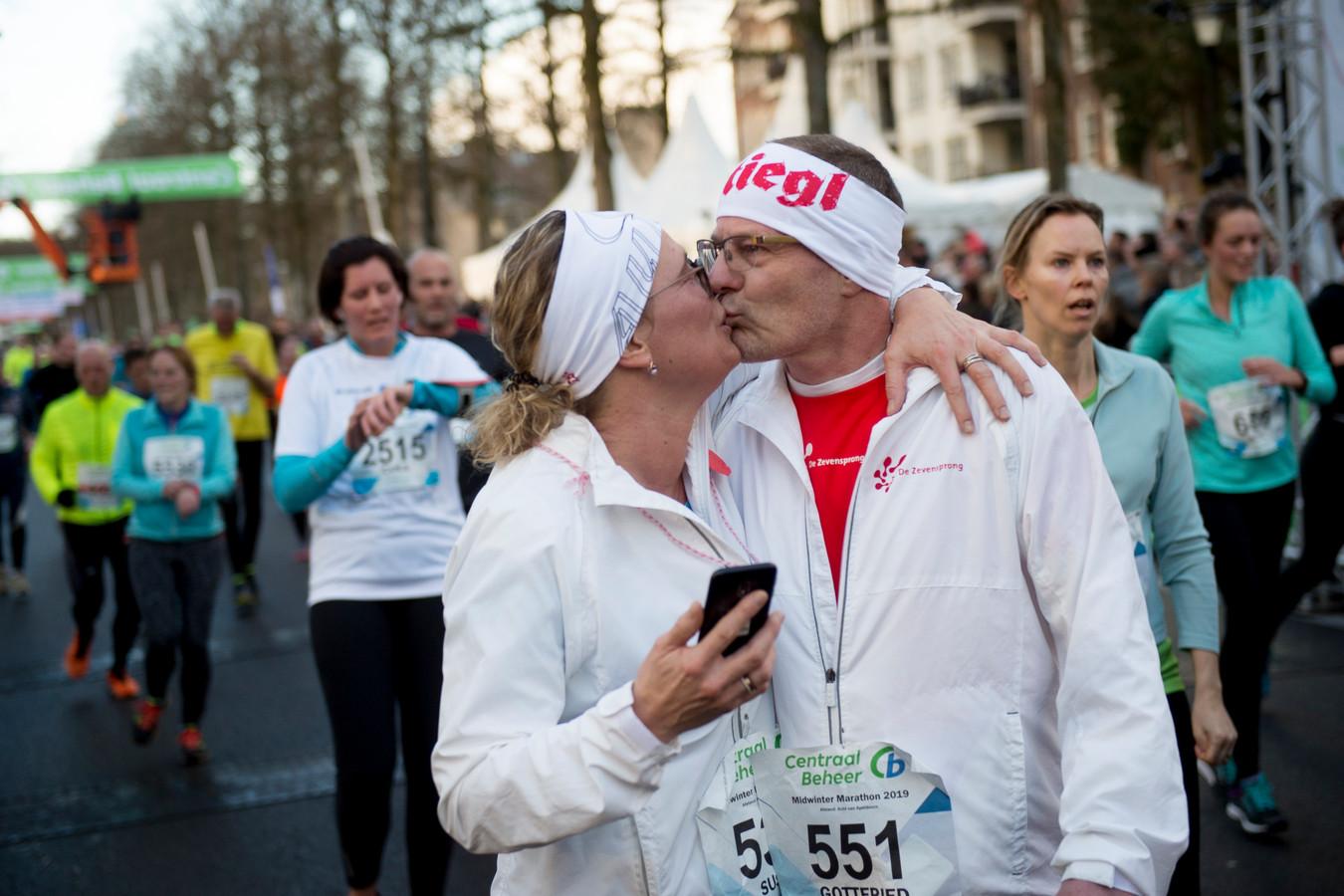 De Midwinter Marathon mikt met de Night Run op gezinnen.
