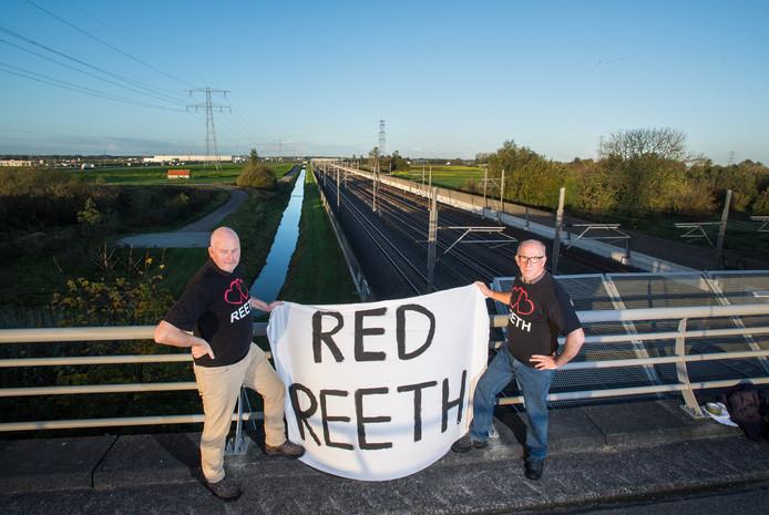 Rob Schleper (l) en Koos Nijssen van de Buurtvereniging Leefbaar Reeth.