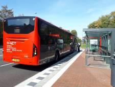In de spits elke tien minuten een bus tussen Alphen en Schiphol