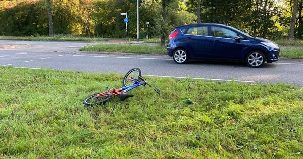 Kind naar ziekenhuis na aanrijding met auto in Zutphen.