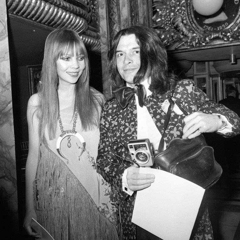 Fotograaf David Bailey en fotomodel Penelope Tree bij Madame Tussauds in Baker Street, London, 1970. Beeld PA Archive/Press Association Images