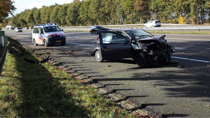 De auto raakte flink beschadigd bij het ongeluk in Roosendaal.
