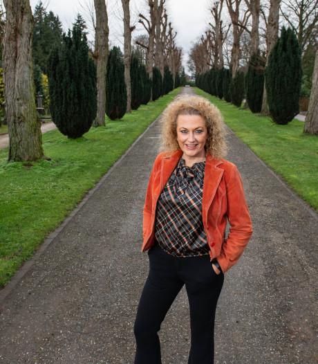 Heidi uit Enschede: Van damesmode naar de uitvaartbranche