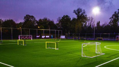 Kunstgrasveld klaar voor honderden jeugdspelers