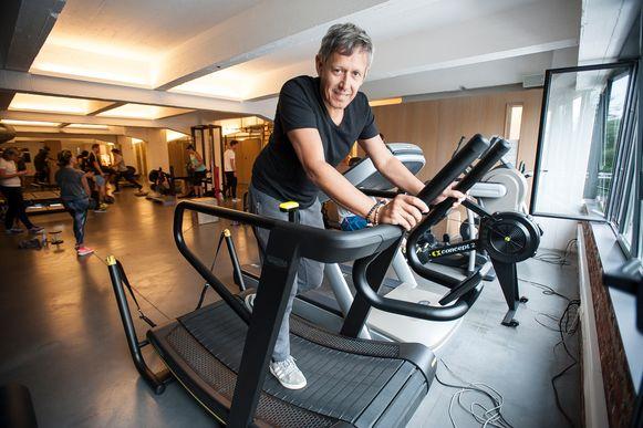 Sportkinesist Lieven Maesschalck en zijn team helpen je op weg in de gym.