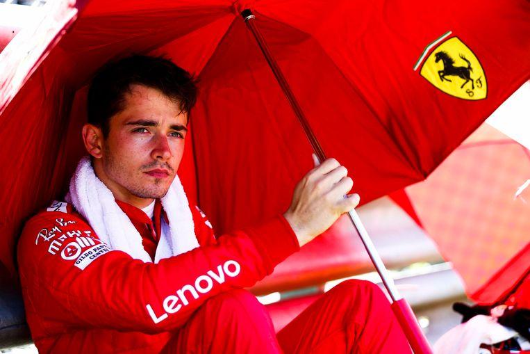 Charles Leclerc, ontgoocheld nadat hij in extremis naast een eerste F1-triomf greep.