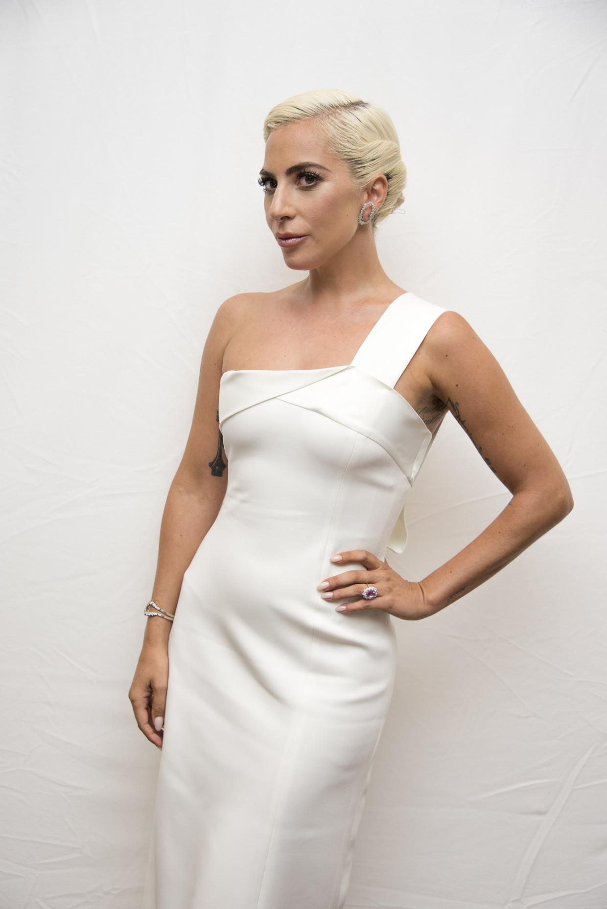 Lady Gaga vond zichzelf keer op keer opnieuw uit, maar keert nu terug naar het geluid dat haar beroemd maakte.