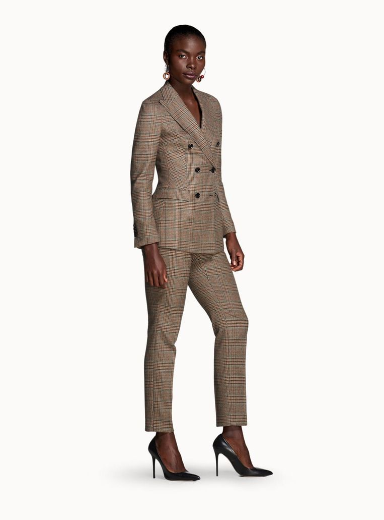 Waarom je als vrouw een pak zou dragen | Trouw