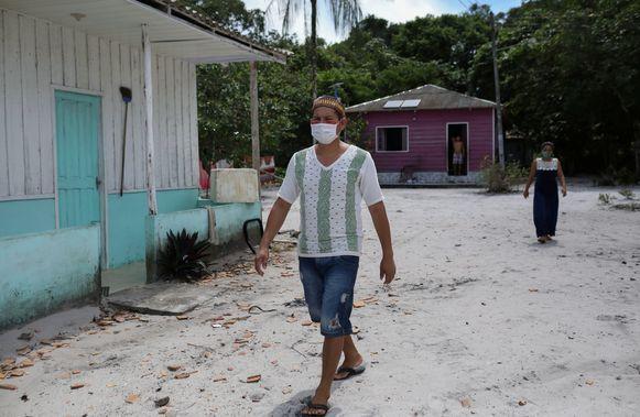 Inwoners in Tres Unidos, een dorpje in de Braziliaanse Amazone.