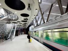 SP niet blij met reclame in metrotunnel: schokkend en mogelijk schadelijk
